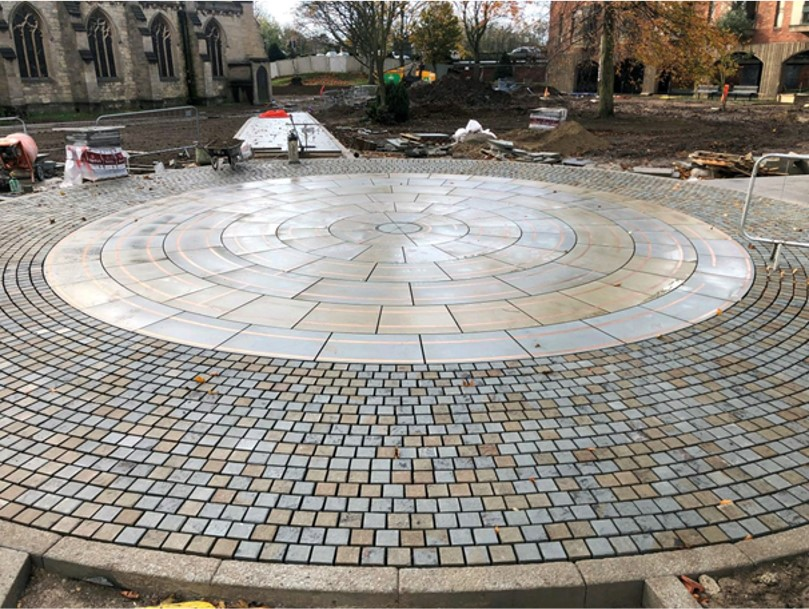 Circular labyrinth in the middle of St James' Square